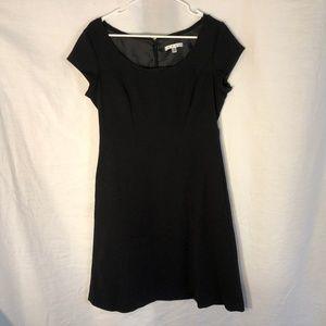 Cabi 8 Dress Black Sheath Lined Cap Sleeves 1409